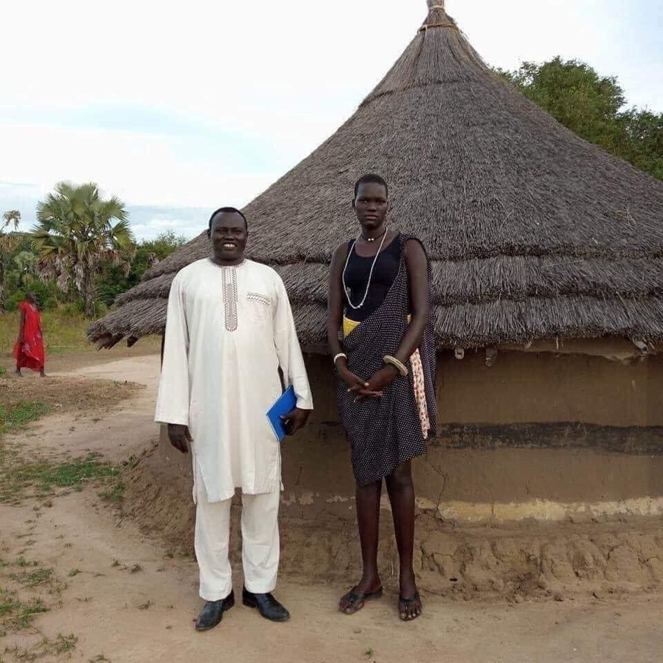 7ft tall Nyalong, a famous Dinka girl who was married with 500 cows as dowry