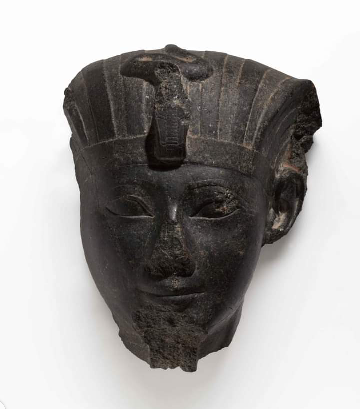 Why Are Most Sculptures In Egypt With Broken Or Missing Noses?