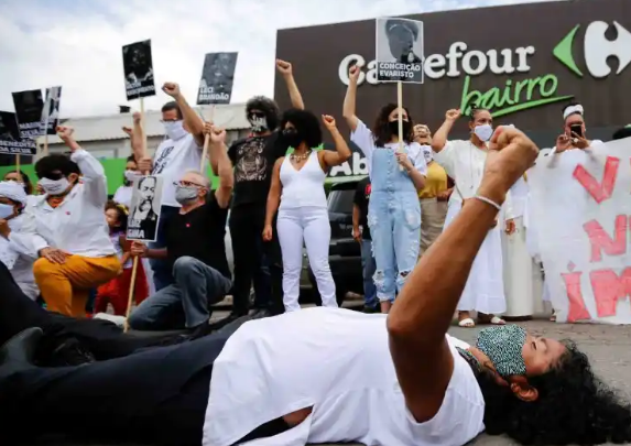 Protesters Took Over The Cities Of Brazil To Call For Justice For The Black Man Killed At The Carrefour Supermarket